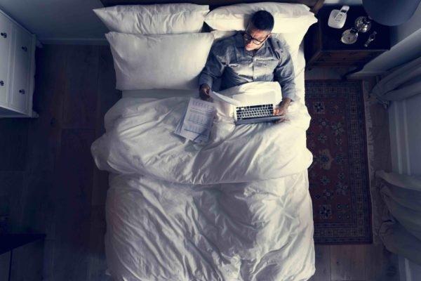 Luz para ajustar tu reloj interno del sueño